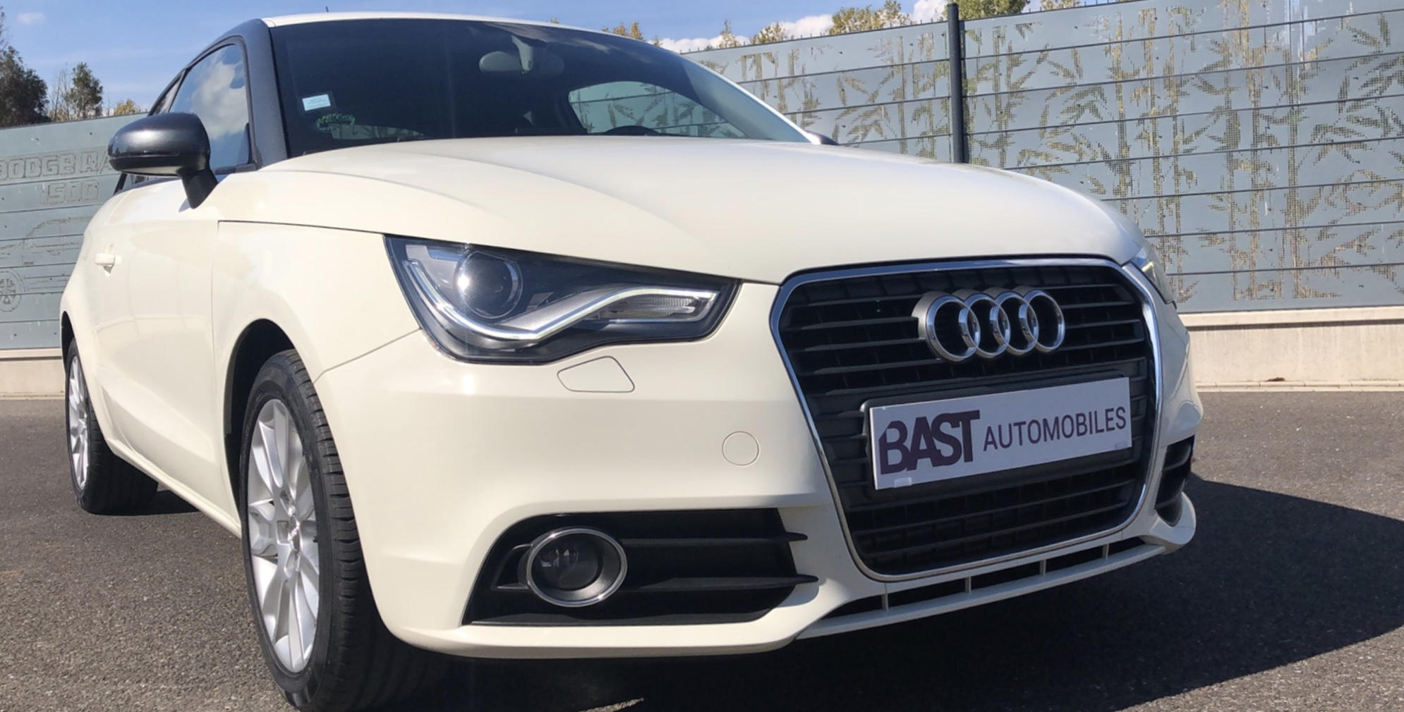 Audi A1 1.6 TDI Blanc Ambition Luxe Image