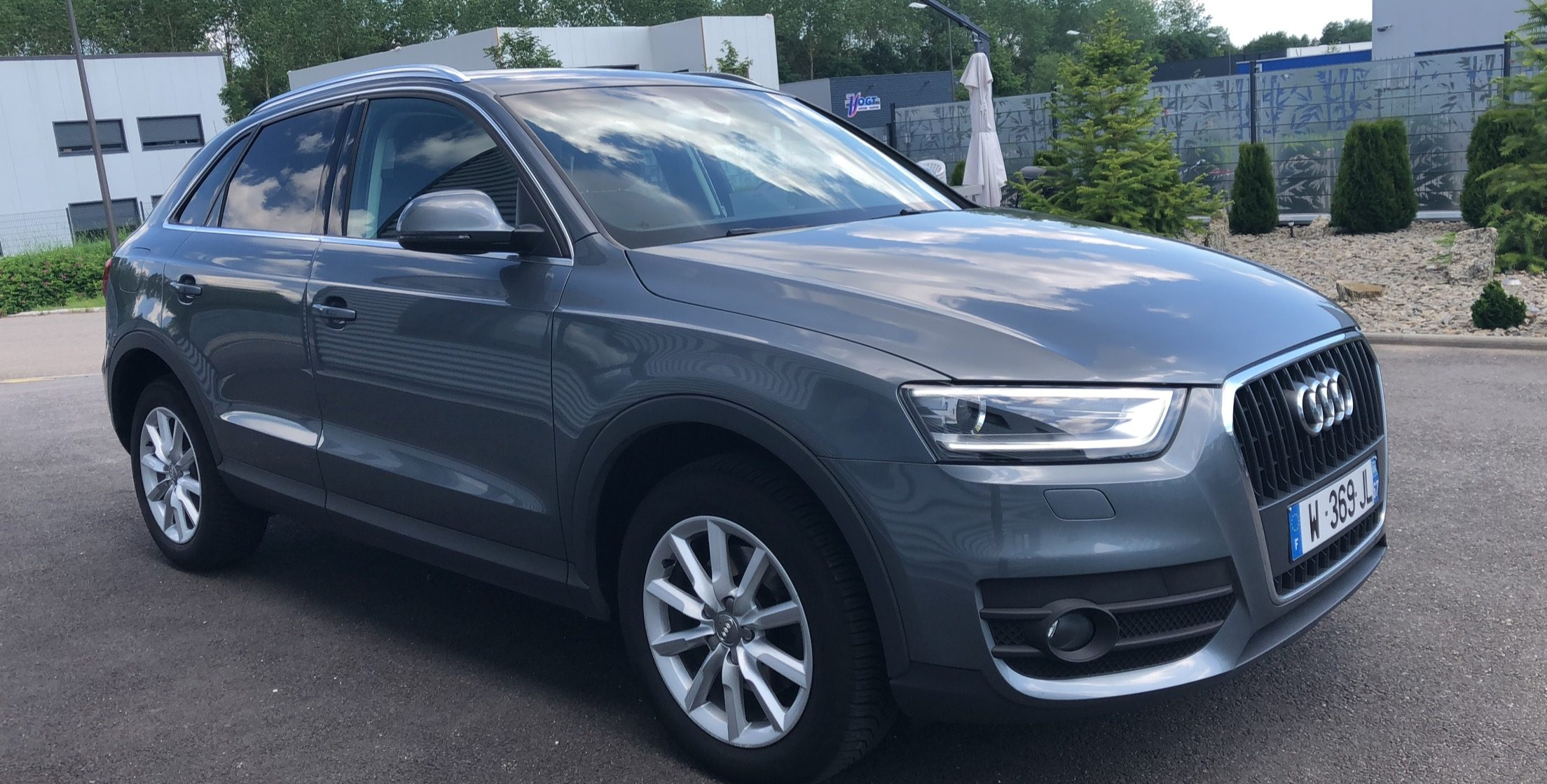 Audi Q3 Ambition Luxe Image